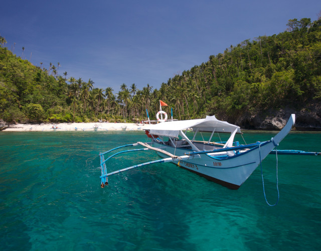 Mindoro-beach03-David-Hettich-web.jpg