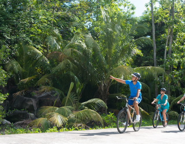 ephelia-seychelles-2016-bicycling.jpg