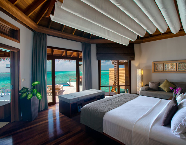 Baros-Maldives_Water-Pool-Villa_Interior-web.jpg