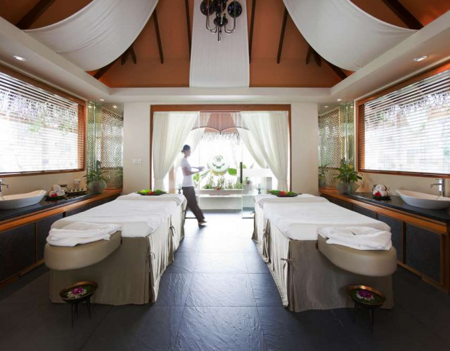 baros-maldives_spa-treatment-room_hr.jpg